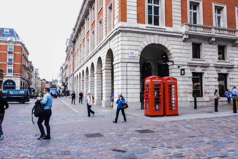Ulicy Londyński covent ogród zdjęcie stock