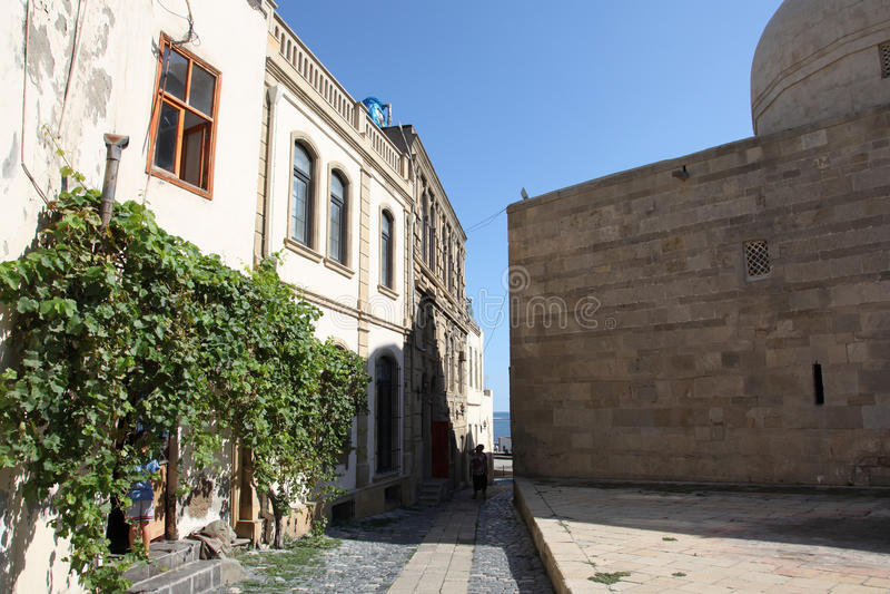 Ulicy Stary miasto, Icheri Sheher są dziejowym sednem Baku, Azerbejdżan fotografia royalty free