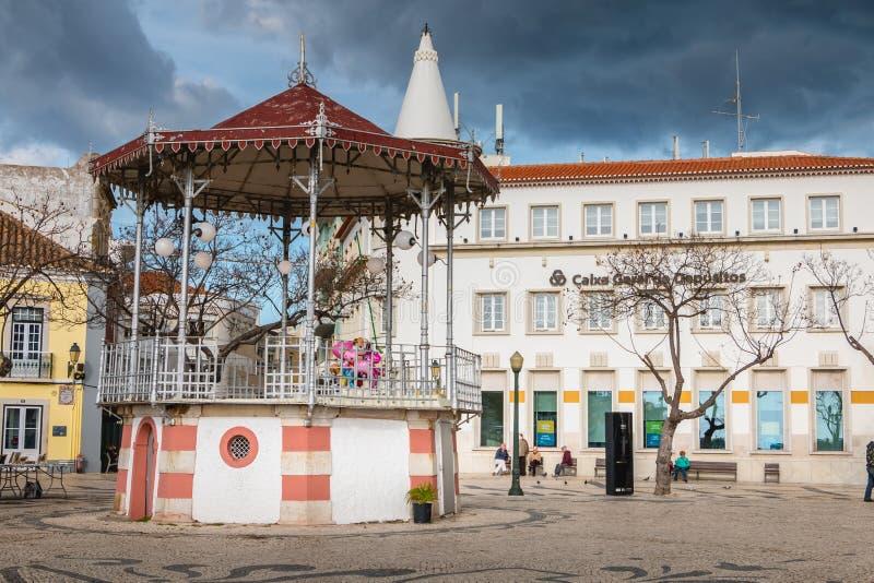 Uliczna atmosfera przed bandstand Faro fotografia royalty free