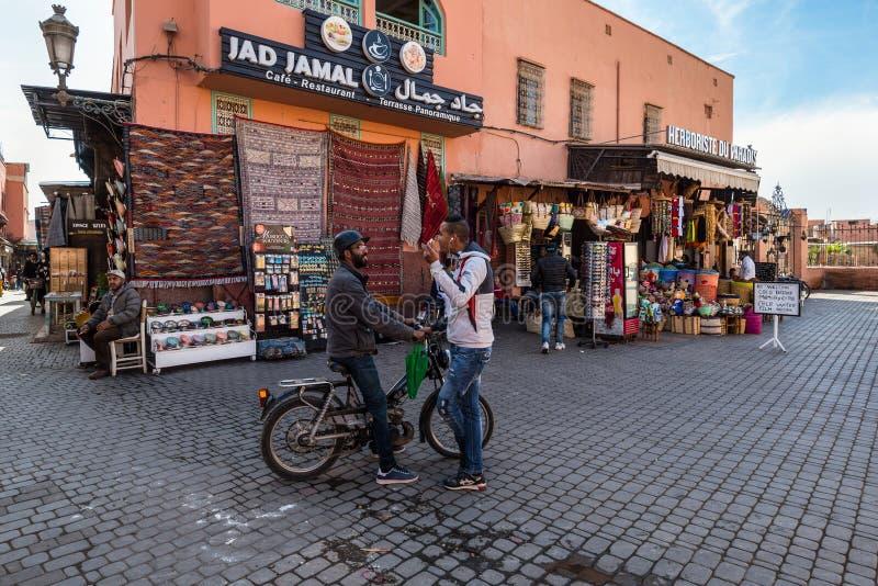 Uliczna scena w Medina Marrakesh, Maroko obraz stock