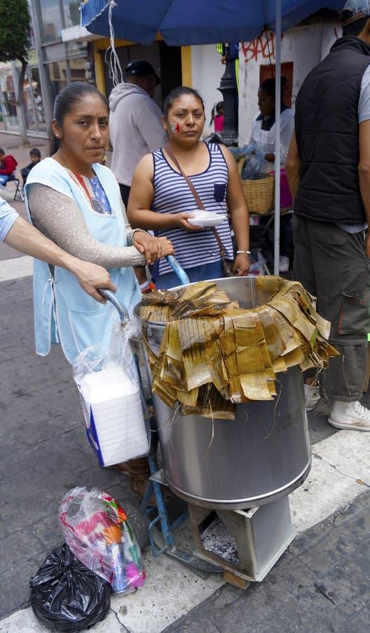 Ulicznego sprzedawcy meksykanina tamales obrazy stock