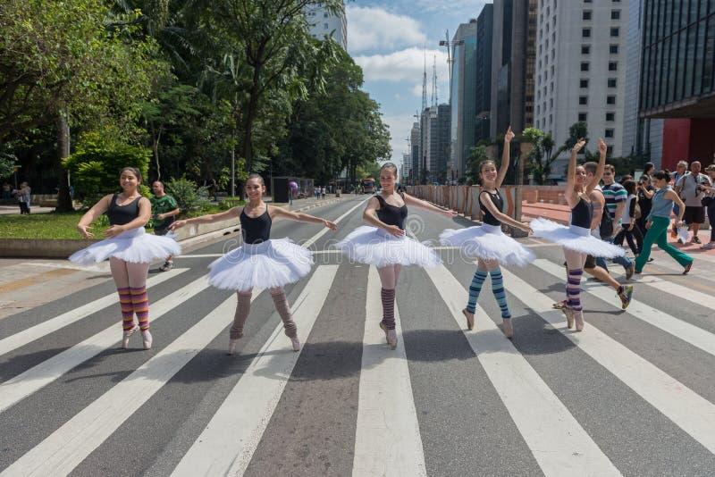 Uliczny Baletniczy tancerz zdjęcie royalty free