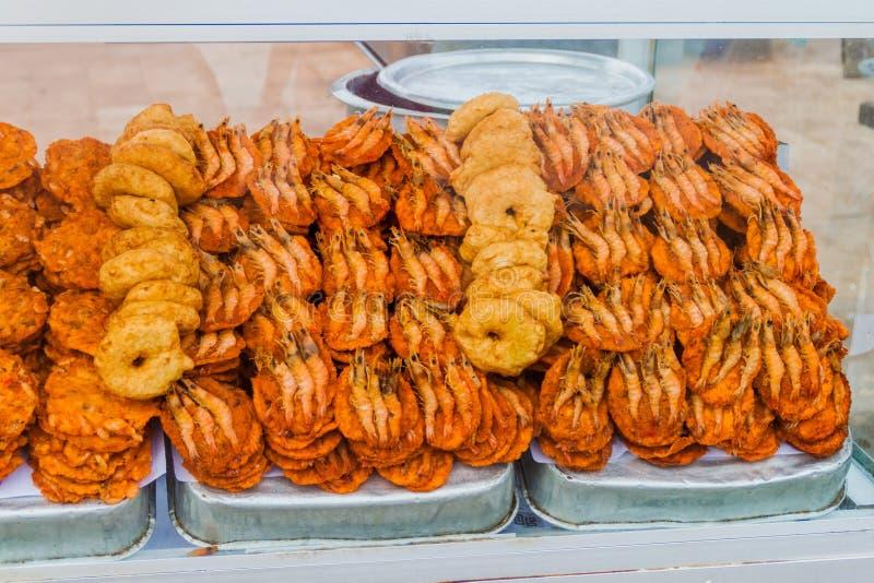 Uliczny karmowy Isso brodzenie krewetki brodzenie w Kolombo, Sri Lan fotografia stock