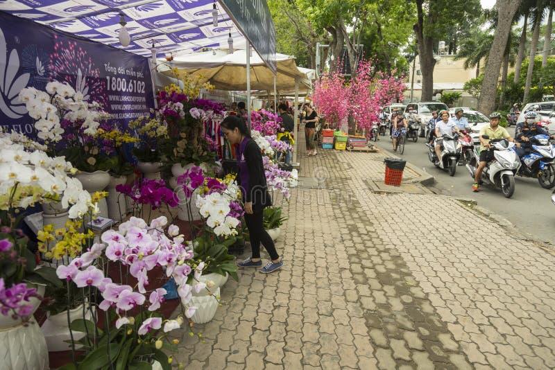 Uliczny kwiatu rynek w Ho Chi Minh, Wietnam fotografia stock