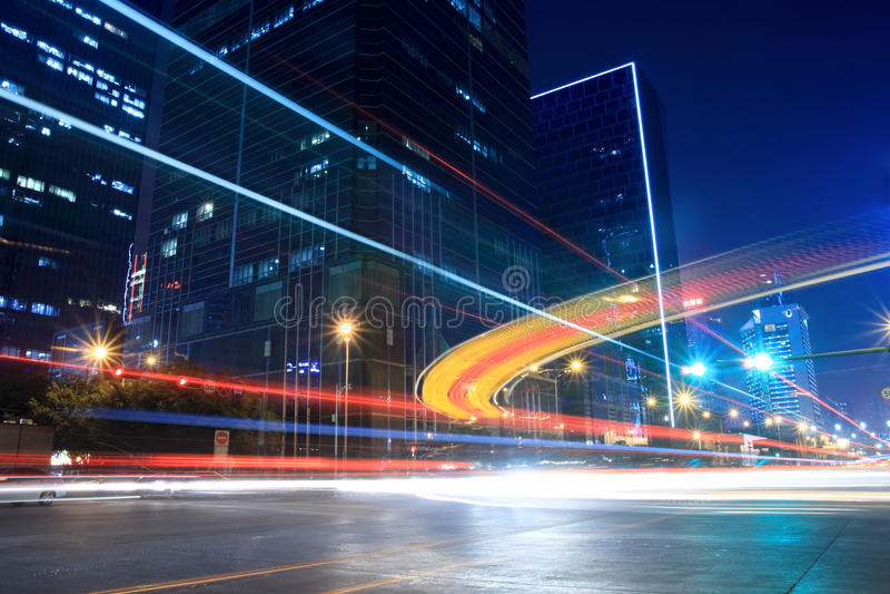 uliczny noc ruch drogowy zdjęcie stock