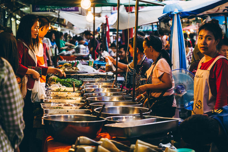 Uliczny rynek w Tajlandia obrazy stock