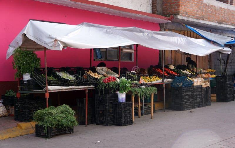 Uliczny rynek warzywny w Meksyku fotografia stock