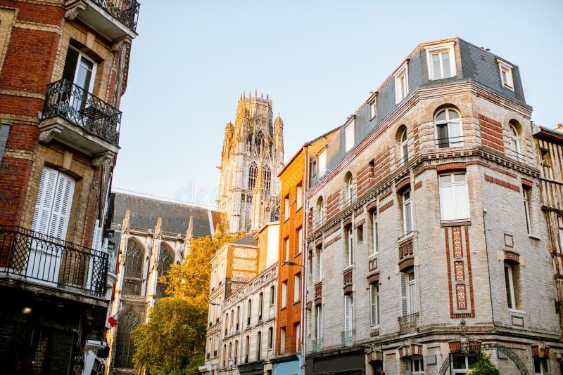 Uliczny widok w Rouen mieście, Francja zdjęcie royalty free
