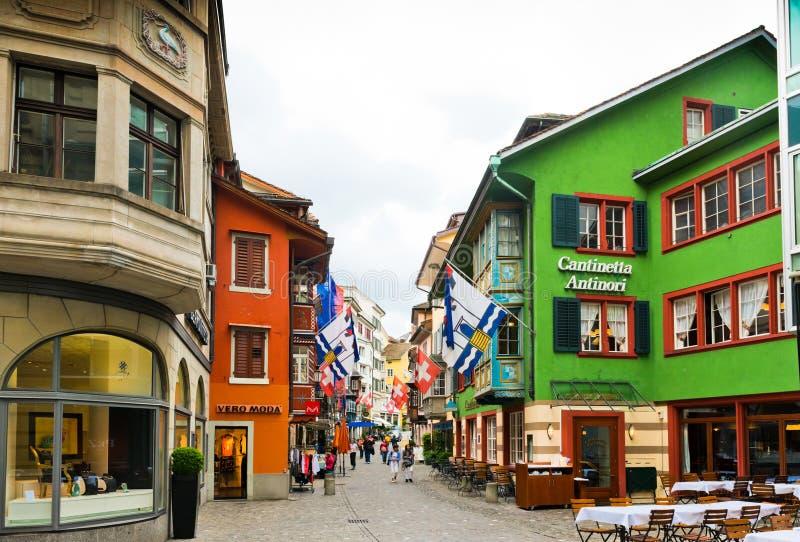 Uliczny widok w Zurich, Szwajcaria Zurich jest wielkim miastem obrazy stock