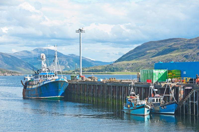 Download Ullapool harbour editorial stock image. Image of loch - 25436614