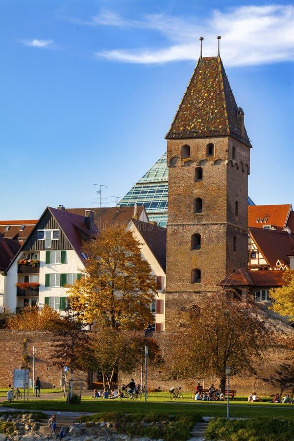 Ulm, Alemania - 17 10 2017 iglesia de monasterio de Ulm, la iglesia más alta del mundo, Alemania imagen de archivo