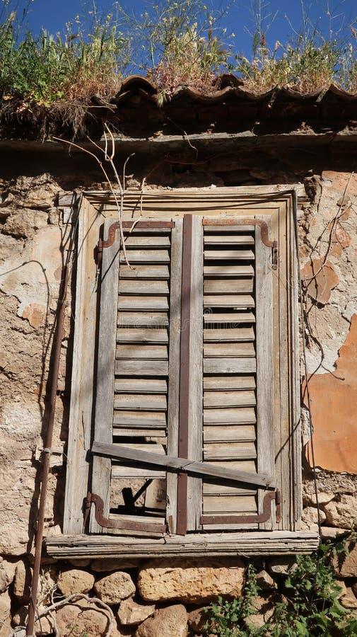 Ultima casa abbandonata di cento anni fotografie stock