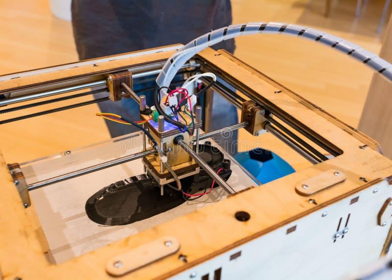 Ultimaker原始的3D打印机在新的科技馆在特伦托,特伦托自治省南蒂罗尔,意大利 关闭u 免版税库存图片