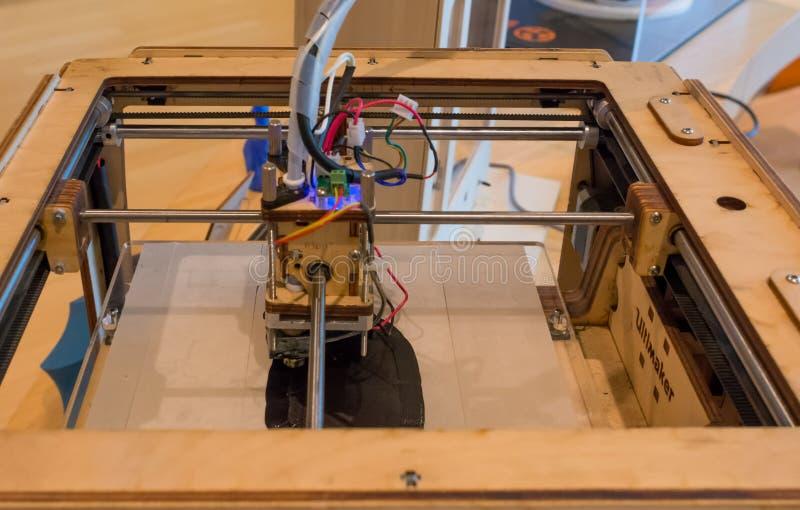 Ultimaker原始的3D打印机在新的科技馆在特伦托,特伦托自治省南蒂罗尔,意大利 关闭u 库存图片