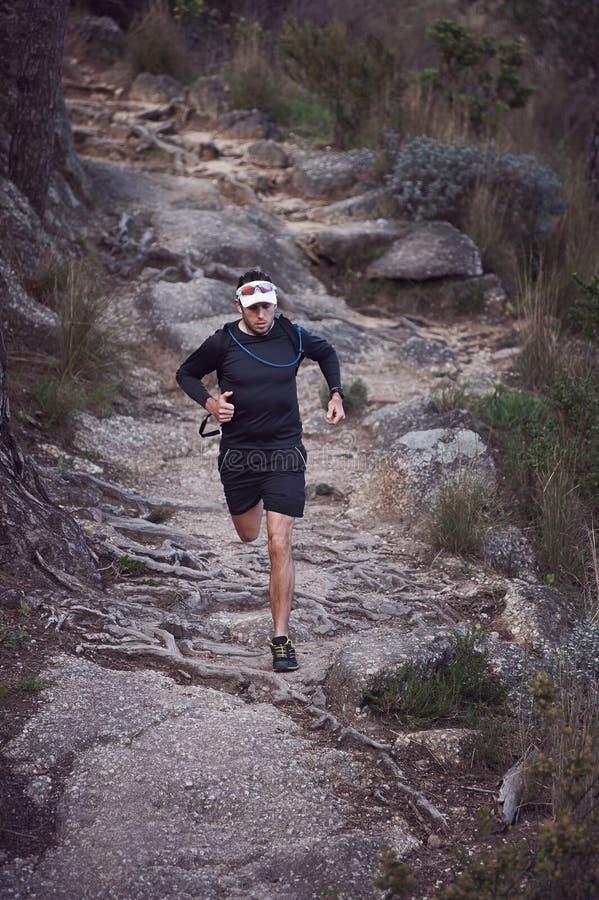 Ultra homme de marathon images libres de droits