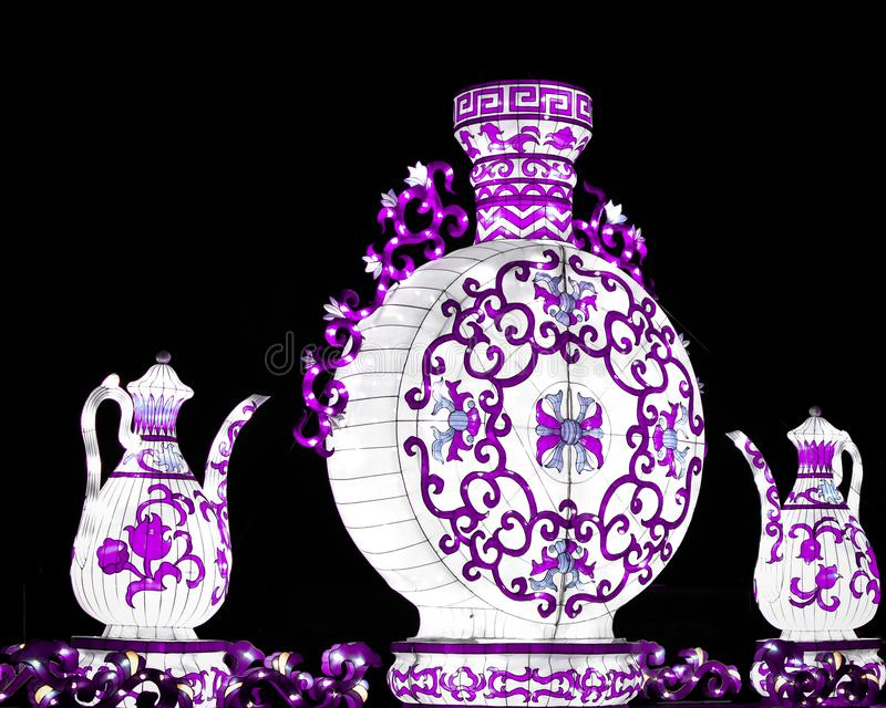 Ultra Violet Tea Pots- - China-Lichter stockbild