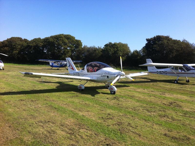 Ultraleggero volante degli aerei leggeri degli agricoltori del rotax 912 di Sting immagine stock