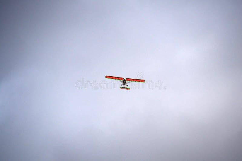 Ultralight воздушные судн в небе стоковая фотография rf