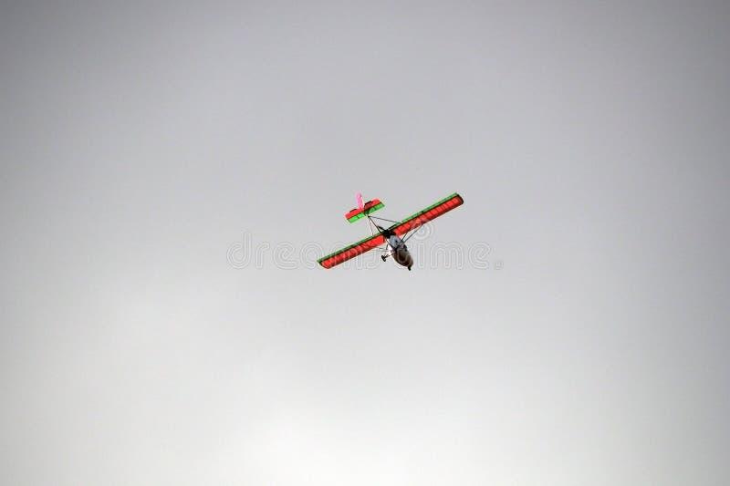 Ultralight воздушные судн в небе стоковые изображения rf