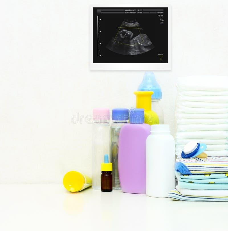 Ultrason de bébé et d'articles de bébé. image libre de droits