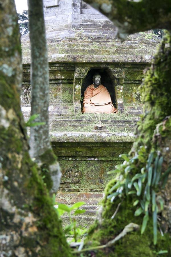 ulu виска pura озера Индонесии danau bali Будды стоковое изображение rf