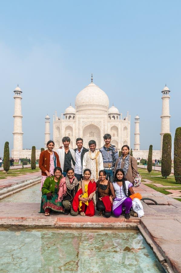 Um banquete de casamento indiano na frente do magnificen fotografia de stock royalty free