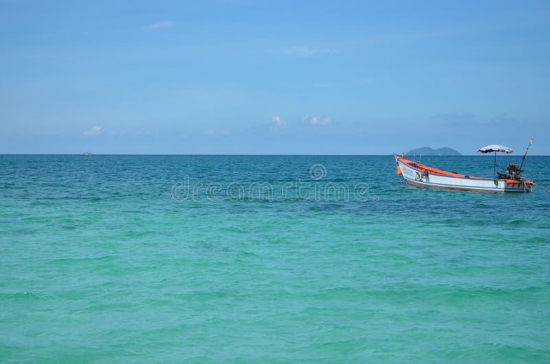 Um barco de pesca fotografia de stock royalty free