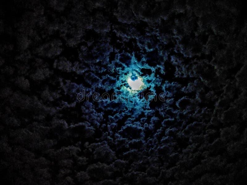 Um céu com lua azul foto de stock royalty free