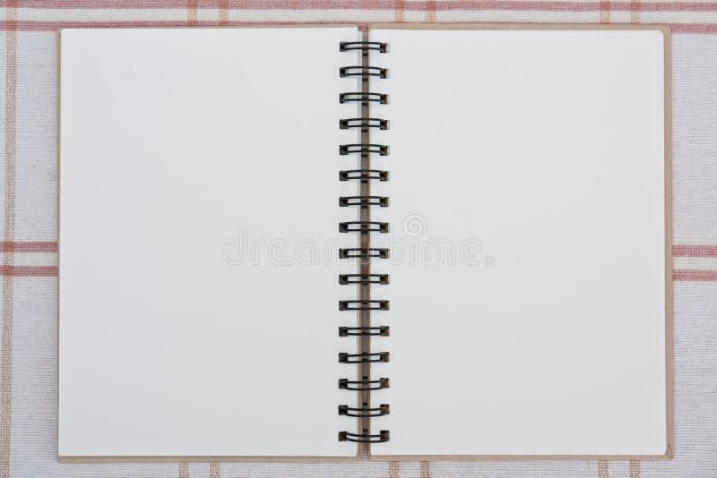 Um caderno espiral. ilustração royalty free