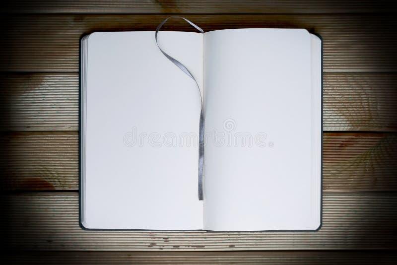 Um caderno vazio imagem de stock royalty free
