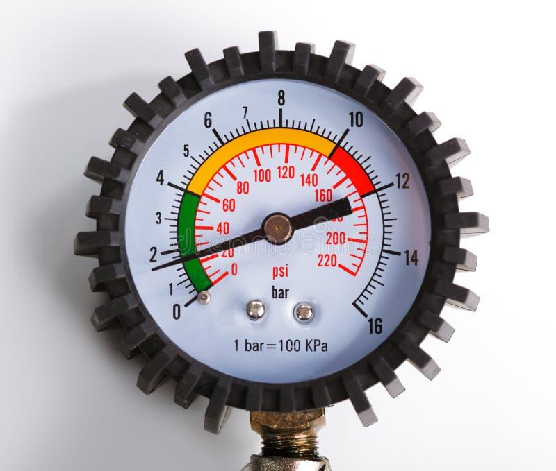Um calibre de pressão do compressor imagens de stock