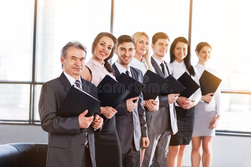 Um grupo de homens de negócios fotografia de stock royalty free
