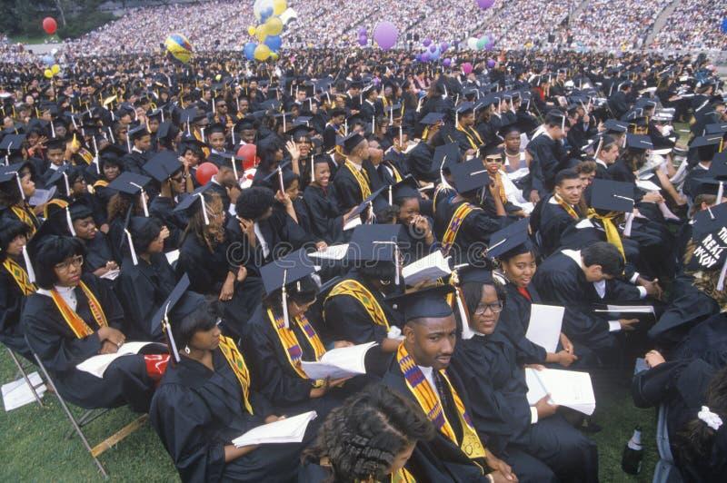 Um grupo de multi graduados étnicos foto de stock