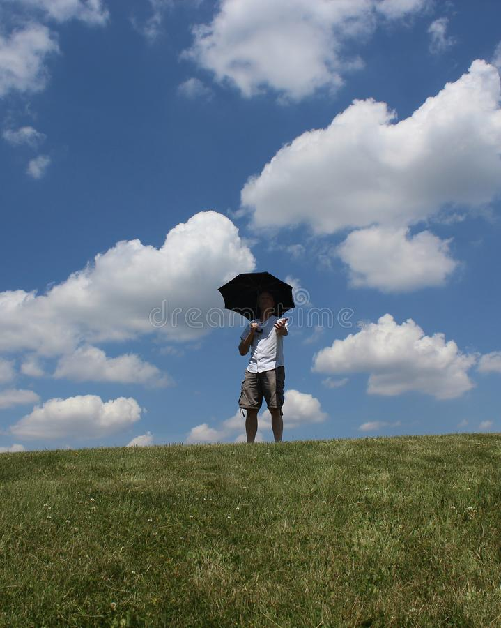 Um guarda-chuva em Sunny Day imagens de stock royalty free