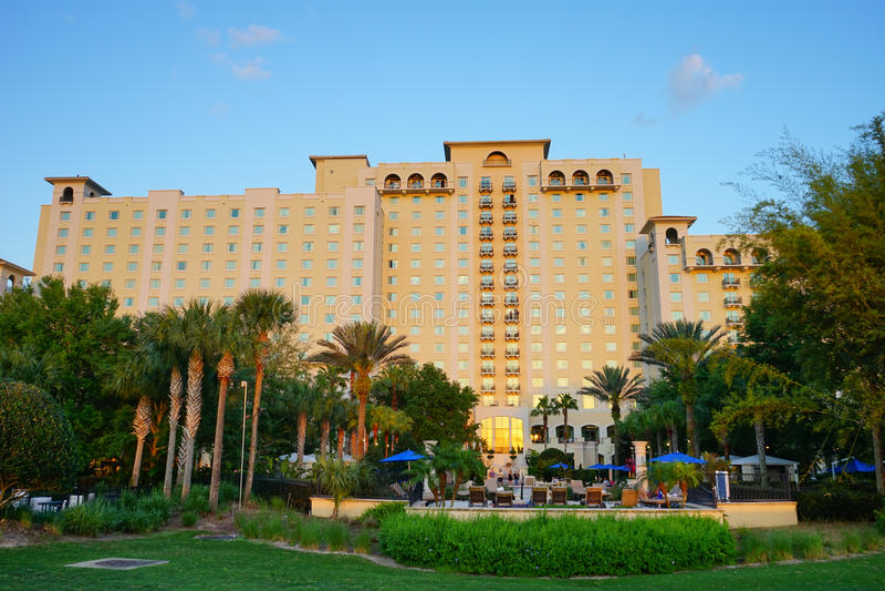 Um hotel grande imagem de stock
