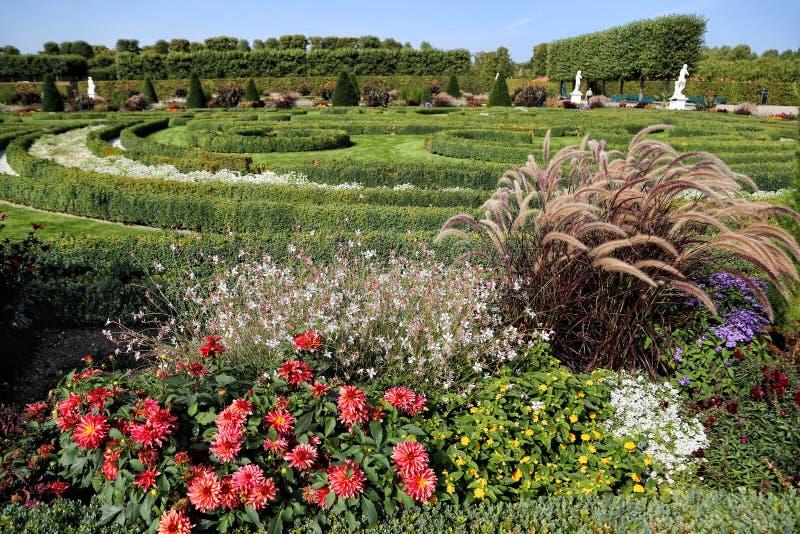 Um jardim nos jardins reais fotos de stock royalty free