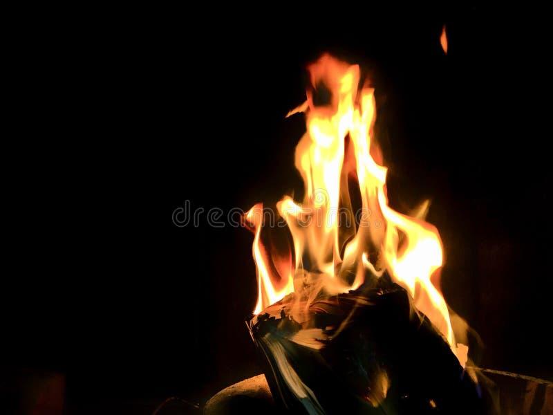 Um livro está no fogo foto de stock royalty free