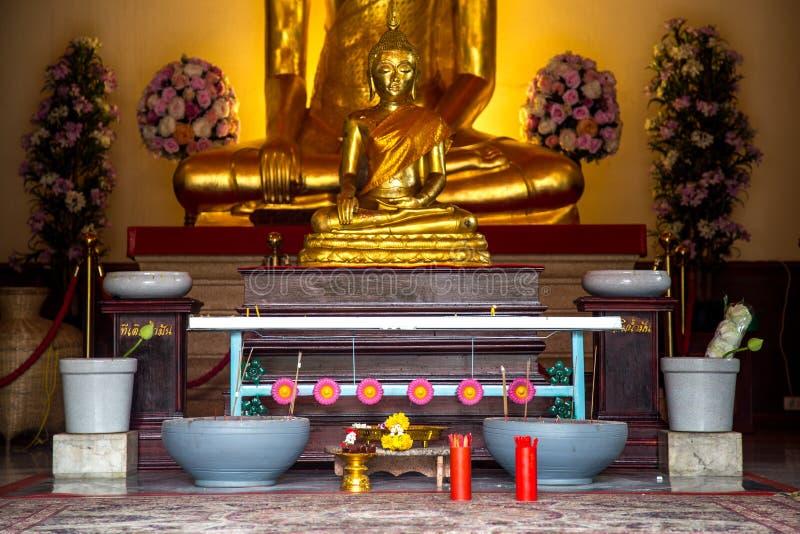 Um lugar para o ritual budista fotografia de stock