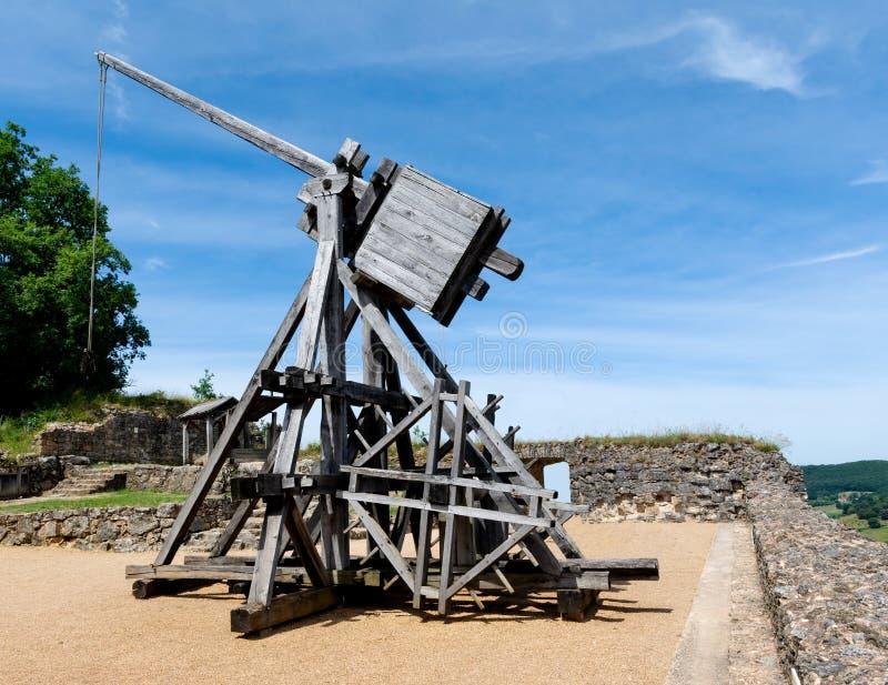 Um Mangonneau, um motor do cerco da Idade Média fotografia de stock