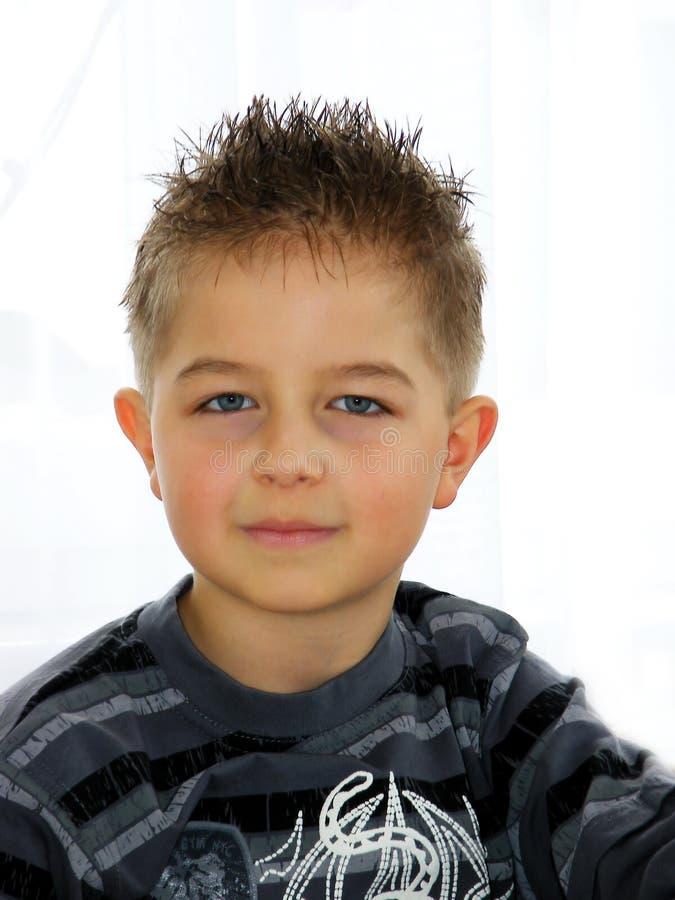 Um menino fotografia de stock royalty free