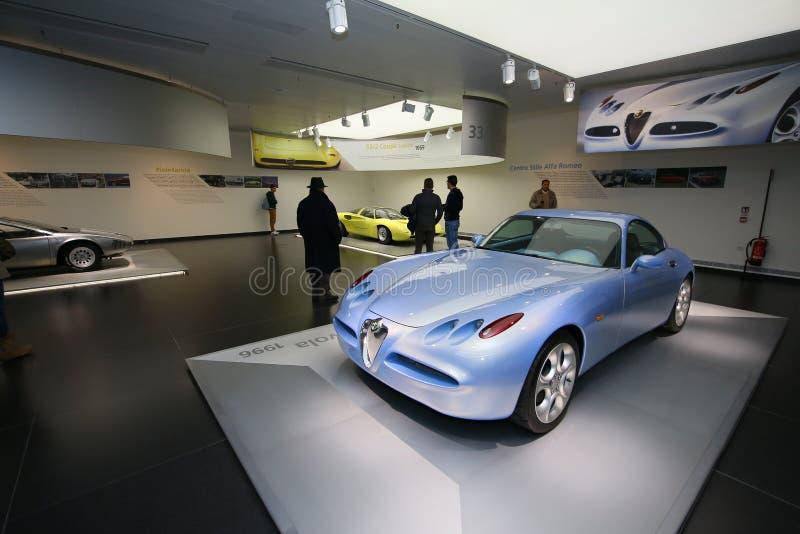 Um modelo magnífico de Romeo Nuvola Concept do alfa na exposição no museu histórico Alfa Romeo fotos de stock