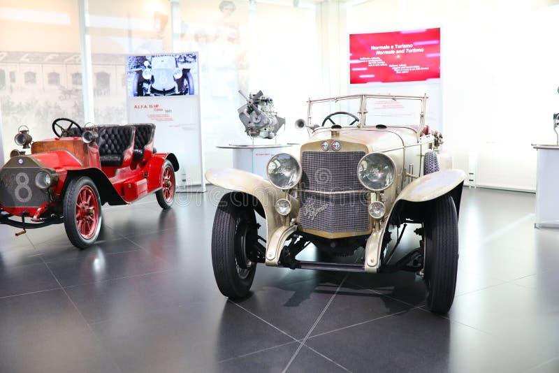 Um modelo super magnífico do esporte de Alfa Romeo RL na exposição no museu histórico Alfa Romeo imagem de stock royalty free
