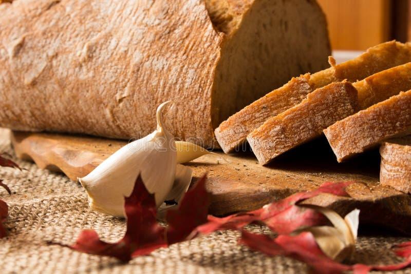 Um naco de pão fresco imagem de stock