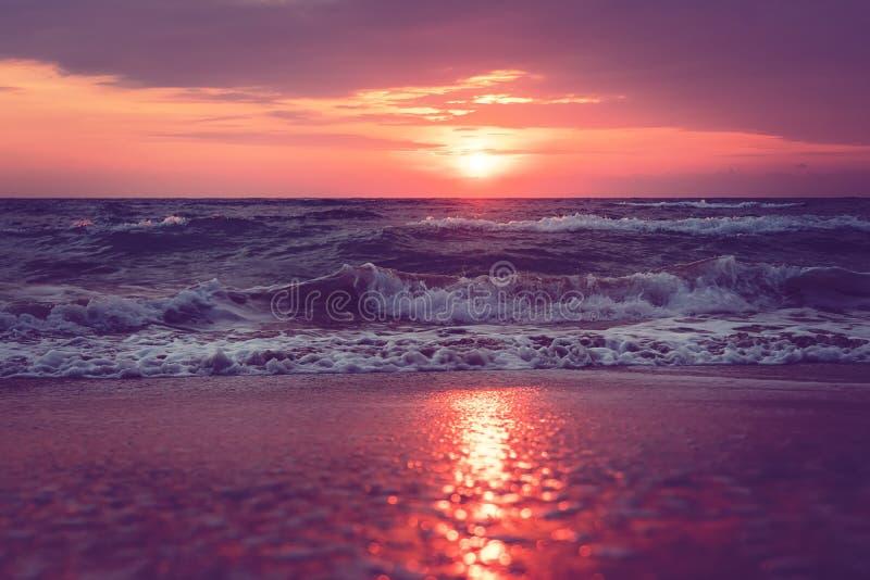 um nascer do sol bonito na ilha Florida de Sanibel imagens de stock royalty free