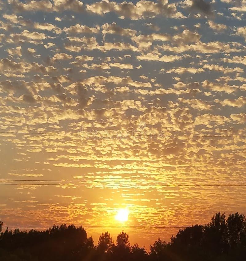 Um outro por do sol angélico foto de stock
