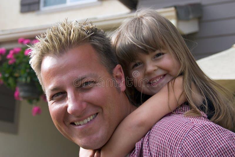 Um pai e sua filha fotografia de stock