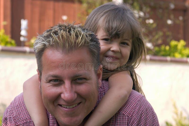 Um pai e sua filha foto de stock royalty free
