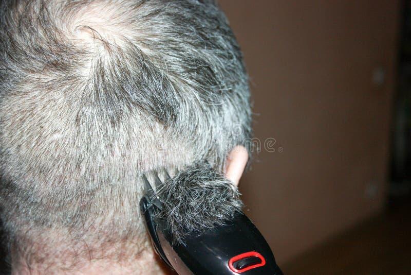 Um penteado para homens sob zero com fotografia de stock