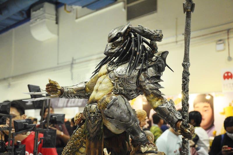 Um personagem de ficção alienígena de PREDATOR de filmes e quadrinhos imagens de stock royalty free