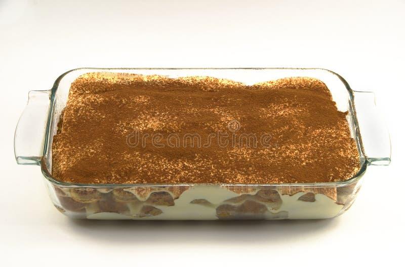 Um prato do cozimento de Tiramisu fotografia de stock
